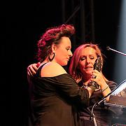 NLD/Amsterdam/20130211- Uitreiking Edison Pop 2013, Angela Groothuizen en Trijntje Oosterhuis