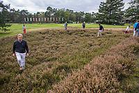 HILVERSUM - Netherlands vs Italy (1-2) . zoeken naar de bal in de heide  . Quarter finals. ELTK Golf 2020 The Dutch Golf Federation (NGF), The European Golf Federation (EGA) and the Hilversumsche Golf Club will organize Team European Championships for men.  COPYRIGHT KOEN SUYK