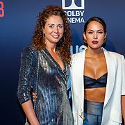 NLD/Hilversum/20180512 - Speciale voorvertoning Ocean's Eight, Elize van der Horst en vriendin Odette van Zeegen