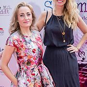 NLD/Amsterdam/20170924 - Première Was Getekend, Annie M.G. Schmidt, Sarah Meuleman en schrijfster Susan Smit