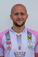 Download von www.picturedesk.com am 16.08.2019 (13:58). <br /> PASCHING, AUSTRIA - JULY 16: Gernot Trauner of LASK during the team photo shooting - LASK at TGW Arena on July 16, 2019 in Pasching, Austria.190716_SEPA_19_028 - 20190716_PD12466