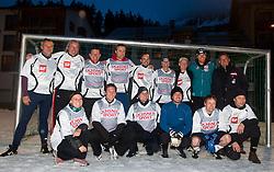 16.03.2011, Fussballplatz, Lenzerheide, SUI, FIS Ski Worldcup, Finale, Lenzerheide, Fussballturnier der Nationen, im Bild Michael Walchhofer (AUT)  2. Reihe zweiter von recht  mit dem Team Schweiz am Fussballplatz beim Turnier der Nationen in Lenzerheide. //  Michael Walchhofer (AUT)  second row second from right , with the Team Switzerland during a Soccertournament in Lenzerheide, Switzerland, 16/03/2011, EXPA Pictures © 2011, PhotoCredit: EXPA/ J. Feichter