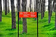 Frankrijk, Vimy, 9-5-2018Slagvelden aan de Somme in noord Frankrijk, de Artois en Picardie. Het slagveld bevond zich ruwweg in de driehoek gevormd door de Franse steden Albert, Bapaume en Peronne. In de omgeving van Arras een waarschuwing voor onontpolfte munitie uit de eerste wereldoorlog .Foto: Flip Franssen