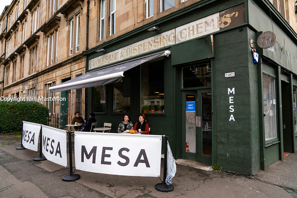 Glasgow, Scotland, UK. 7 October 2020. Time Out magazine has named Dennistoun in the East End of Glasgow as one of the world's coolest districts. Pictured;  Mesa cafe on Duke Street. Iain Masterton/Alamy Live News