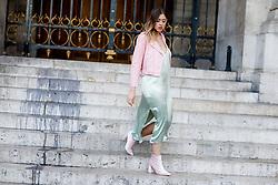 Street style, blogger Amy Ramirez (Toks blog) arriving at Stella McCartney Spring Summer 2017 show held at Opera Garnier, in Paris, France, on October 3, 2016. Photo by Marie-Paola Bertrand-Hillion/ABACAPRESS.COM