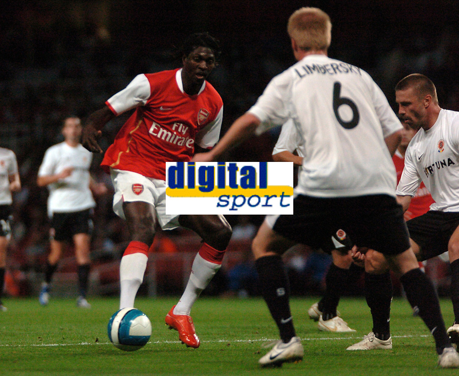 Photo: Tony Oudot.<br /> Arsenal v Sparta Prague. UEFA Champions League Qualifying. 29/08/2007.<br /> Emmanuel Adebayor of Arsenal takes on the Sparta Prague defence