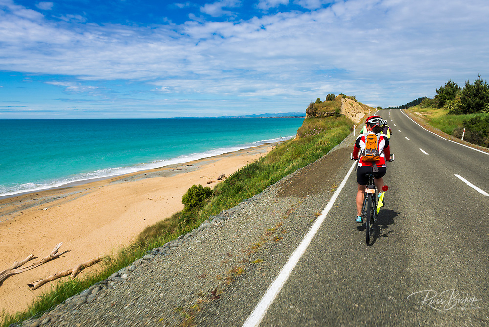 Cyclists on the Otago Coast, Kakanui, Otago, South Island, New Zealand