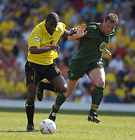 Photo:Alan Crowhurst.<br />WATFORD V NORWICH,Nationwide Division One,24/04/2004.Bruce Dyer L hold off Malky Mackay.