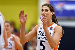 29-12-2015 NED: Nederland - Belgie, Almelo<br /> Op het 25 jaar Topvolleybal Almelo spelen Nederland en Belgie een oefen interland ter voorbereiding op het OKT dat maandag in Ankara begint. Nederland wint overtuigend met 3-0 / Robin de Kruijf #5
