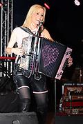 Auftritt von Melissa Naschenweng am 26. Februar 2016 in Sedrun beim Anlass «Pimp my Schlitten».
