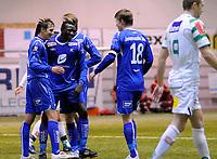 Fotball<br /> 15. Januar 2011 <br /> Vestlandsmesterskapet <br /> Løv-Ham v Haugesund 0 - 5<br /> Chris Pozniak (4R) blir gratulert etter scoring av Ugonna (3R) og kaptein Vegard Skjerve (2R) , (M) , Haugesund<br /> Maciej Kwiatkowski (R) Løv-Ham depper<br /> Foto: Astrid M. Nordhaug