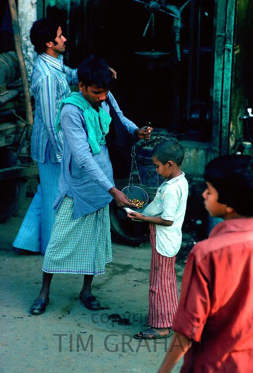 Street vendors, Delhi, India