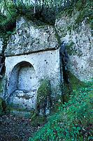 Italie - Toscane - Province de Grosseto - Village de Sorano - Nécropole Etrusque
