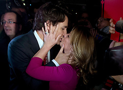 Liberal leadership candidate Justin Trudeau kisses his wife Sophie Gregoire-Trudeau during the 2013 Liberal Leadership National Showcase in Toronto on Saturday, April 6, 2013. THE CANADIAN PRESS/Justin Tang /ABACAPRESS.COM    521043_038 TORONTO Canada