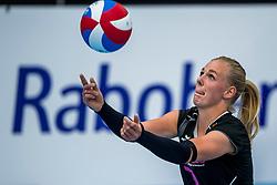 29-09-2018 NED: Supercup Sliedrecht Sport - Eurosped, Sliedrecht<br /> Sliedrecht takes the first price of the new season / Daphne Knijff #7 of Eurosped