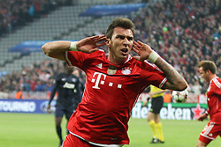09-04-2014 GER: UEFA CL FC Bayern Munchen - Manchester United, Munchen<br /> Torjubel von Mario Mandzukic #9 (FC Bayern Muenchen) // during the UEFA Champions League Round of 8, 2nd Leg match  <br /> **** NETHERLANDS ONLY ****