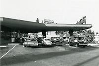 1976 Tiny Naylor's Drive In at Sunset Blvd. & La Brea Ave.