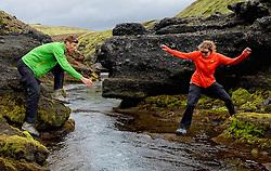 09-07-2014 ISL: Iceland Diabetes Challenge Dag 5, Emstrur<br /> Van Alftavatn naar Emstrur / Debbie de Poorter, Bas van de Goor