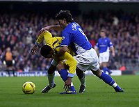 Photo. Glyn Thomas.<br /> Ipswich Town v Crystal Palace. Division 1. <br /> Portman Road, Ipswich. 28/12/2003.<br /> Ipswich's Pablo Counago (R) battles for possession with  Julian Gray.