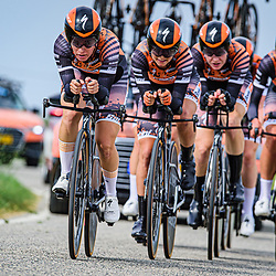 VAN DER BREGGEN Anna ( NED ) – PIETERS Amy ( NED ) - CANUEL Karol-Ann ( CAN ) - VAN DEN BROEK-BLAAK Chantal ( NED ) - BUURMAN Eva ( NED ) - D'HOORE Jolien ( BEL ) - Boels - Dolmans Cycling Team ( DLT ) - NED – Querformat - quer - horizontal - Landscape - Event/Veranstaltung: Giro Rosa Iccrea - 1. Stage - Category/Kategorie: Cycling - Road Cycling - Cycling Tour - Elite Women - Location/Ort: Europe – Italy - Start: Grosseto - Finish: Grosseto - Discipline: Cycling - Road Cycling - Cycling Tour - Team Time Trail ( TTT ) - Distance: 16,8 km - Date/Datum: 11.09.2020 – Friday - Photographer: © Arne Mill - frontalvision.com