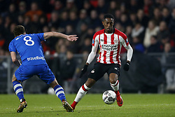 (L-R), Wouter Marinus of PEC Zwolle, Joshua Brenet of PSV during the Dutch Eredivisie match between PSV Eindhoven and PEC Zwolle at the Phillips stadium on February 03, 2018 in Eindhoven, The Netherlands