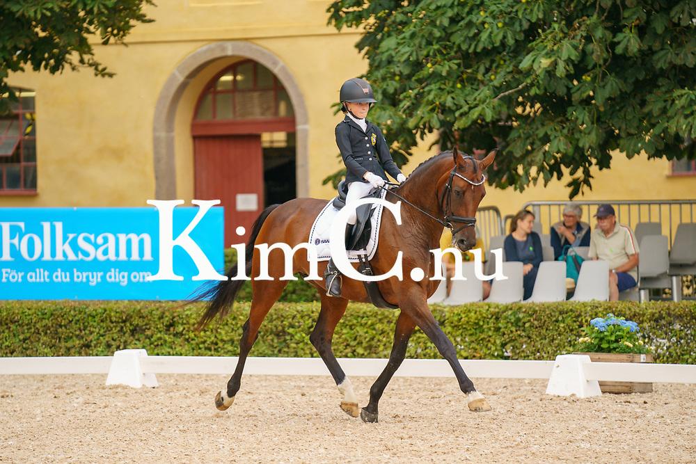 Annie Walfridsson<br /> Torsby Ridklubb<br /> 32<br /> Cosima<br /> Mare / OLDBG / mbr / 2009 / Quaterback x Contender / Engelbert Boeske / Julia Högman Photo: KimC.nu by Ateni AB