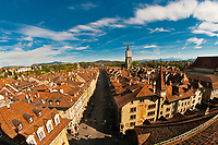 The medieval city center with the Munster (Cathedral of Bern) above and the Swiss Alps behind, Bern, Canton Bern, Switzerland
