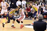 DESCRIZIONE : Milano Eurolega Euroleague 2014-15 EA7 Emporio Armani Milano FENERBAHCE ULKER ISTANBUL<br /> GIOCATORE :  Goudelock Andrew <br /> CATEGORIA : Controcampo penetrazione difesa<br /> SQUADRA : FENERBAHCE ULKER ISTANBUL<br /> EVENTO : Eurolega Euroleague 2014-2015 GARA : Emporio Armani Milano FENERBAHCE ULKER ISTANBUL<br /> DATA : 22/01/2015<br /> SPORT : Pallacanestro <br /> AUTORE : Agenzia Ciamillo-Castoria/I.Mancini<br /> Galleria : Eurolega Euroleague 2014-2015 Fotonotizia : Milano Eurolega Euroleague 2014-15 Emporio Armani Milano FENERBAHCE ULKER ISTANBUL<br /> Predefinita :