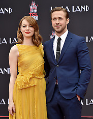 Los Angeles - Ryan Gosling And Emma Stone's Hand And Footprint Ceremony - 07 Dec 2016