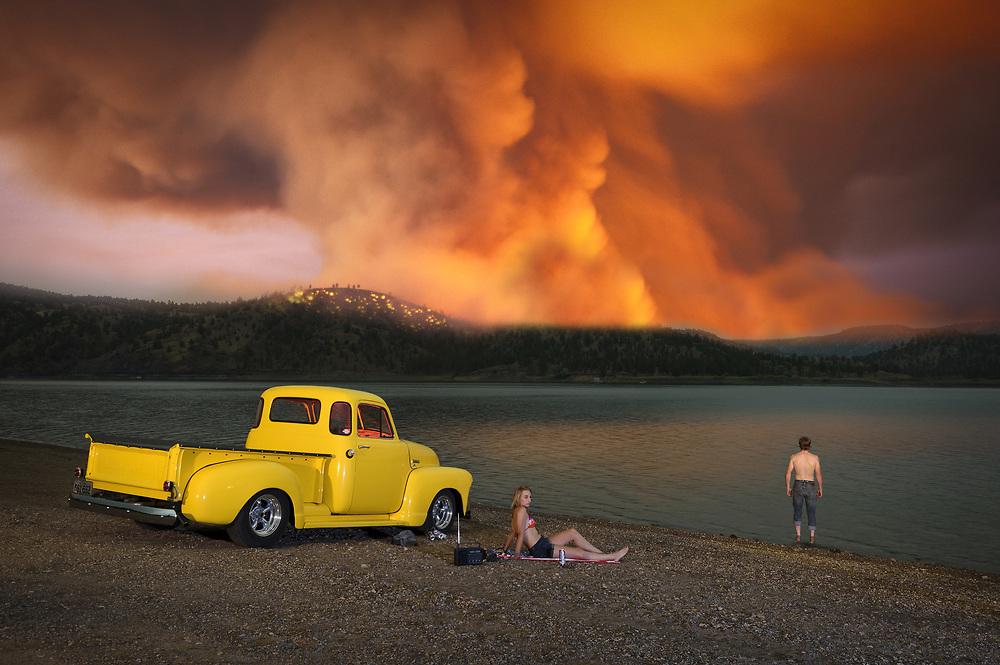 USA, Oregon, Cook County,American Dreamscapes Wildfire