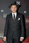 Robert Stadlober auf dem Roten Teppich anlässlich der Verleihung des 41. Bayerischen Filmpreises 2019 am 17.01.2020 im Prinzregententheater München.