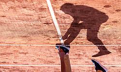 01.08.2019, Sportpark, Kitzbühel, AUT, ATP Tour, Generali Open Kitzbühel, Viertelfinale, im Bild Der Schiedsrichter überprüft einen Punkt // the umpire checks a point during the quarterfinals of Generali Open Tennis Tournament of the ATP Tour at the Sportpark in Kitzbühel, Austria on 2019/08/01. EXPA Pictures © 2019, PhotoCredit: EXPA/ JFK