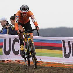 01-02-2020: Wielrennen: WK Veldrijden: Dubendorf: Lucinda Brand