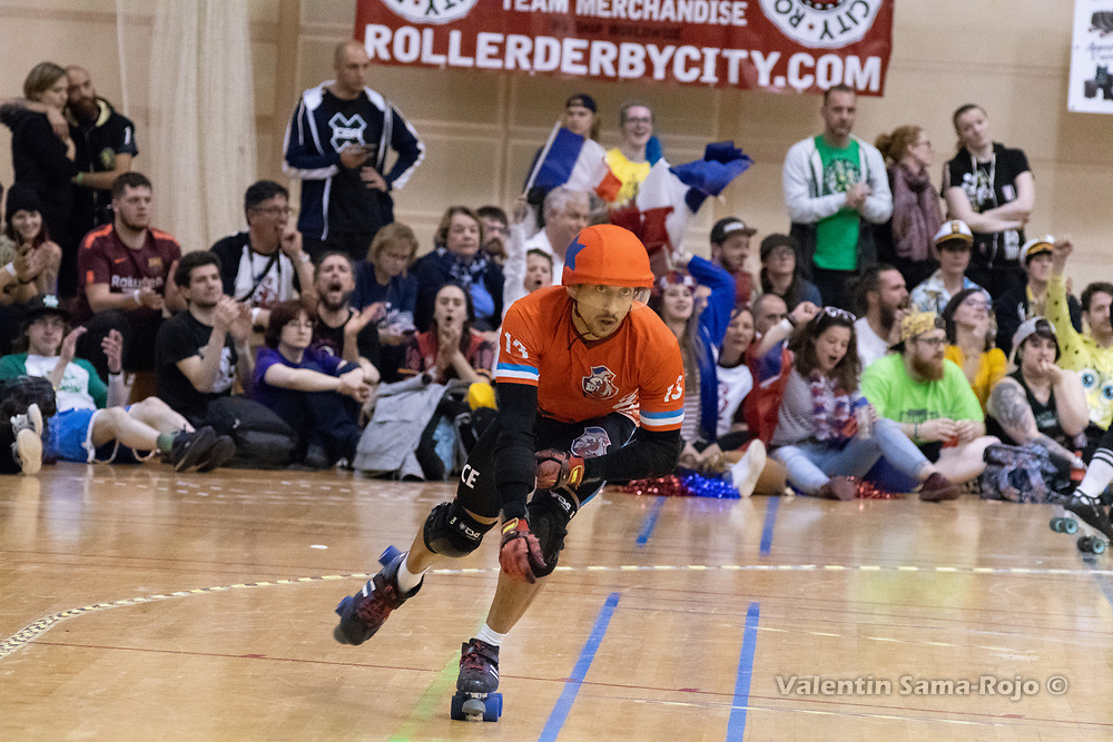 Barcelona, Spain. 07th April, 2018. USA beats France 310 - 47 during the semifinal of the Men's Roller Derby World Cup. © Valentin Sama-Rojo.