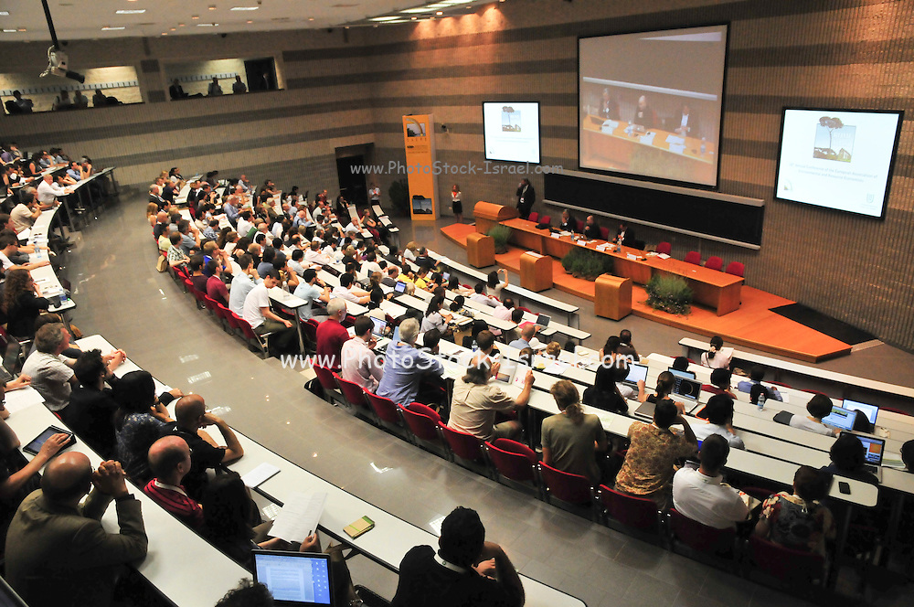European Association of Environmental and Resource Economists. EAERE 2011 conference at the University of Rome Tor Vergata campus.