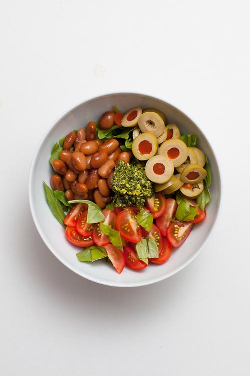Kale Pesto Mayocoba Bean Salad from the fridge (m€) - COVID-19 Social Distancing