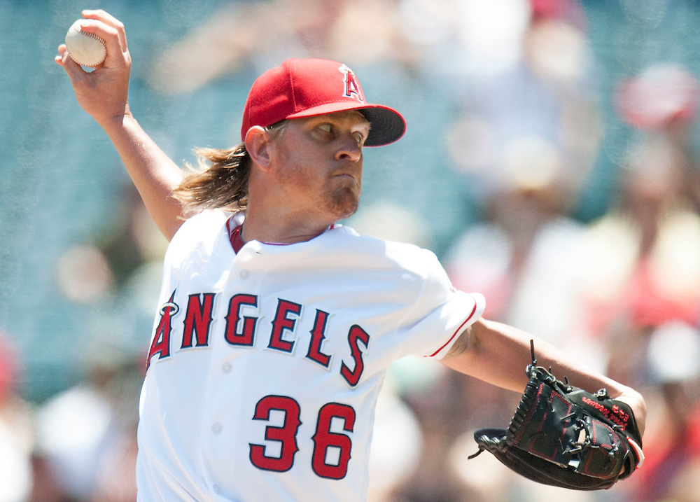 The Angels' Jered Weaver pitches against the Chicago White Sox at Angel Stadium on Sunday.<br /> <br /> ///ADDITIONAL INFO:   <br /> <br /> angels.0718.kjs  ---  Photo by KEVIN SULLIVAN / Orange County Register  -- 7/17/16<br /> <br /> The Los Angeles Angels take on the Chicago White Sox at Angel Stadium.