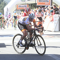 20-04-2016: Wielrennen: Waalse Pijl vrouwen: Huy  <br />HUY (BEL) cycling <br />The Fleche Walone is the last springrace in the Womens Worldtour. Marianne Vos ended 9th om the Muur de Huy