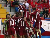 Fotball, Alveira Portugal, EM, Euro 2004, 150604, Tsjekkia - Latvia ,<br /> MARIS VERPAOVKSKIS (LATVIA) CELEBRATES FIRST GOAL<br /> Photo Roger Parker ,Digitalsport