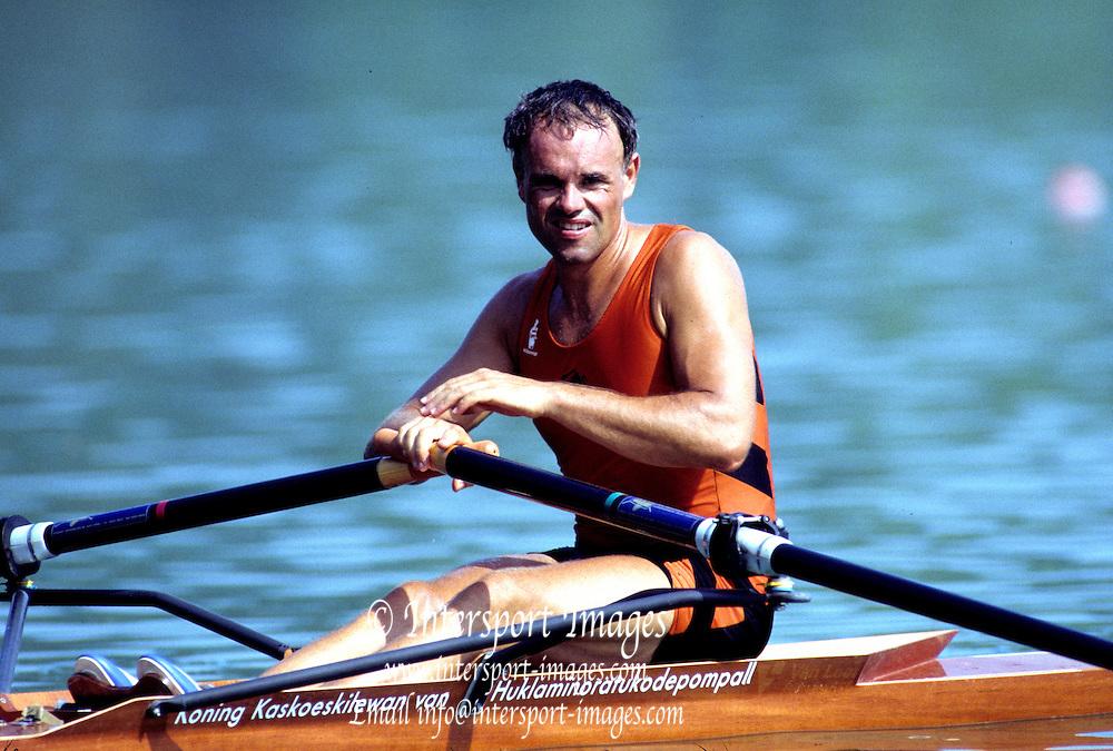 Barcelona Olympics 1992 - Lake Banyoles, SPAIN,  NED M1X, Frans GOEBEL,  [Mandatory Credit Peter Spurrier/Intersport Images]