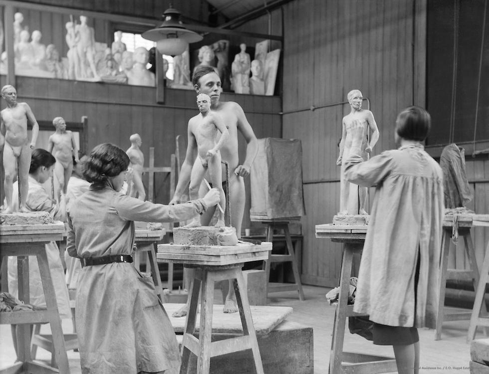 Life Class, Royal College of Art, London, 1931