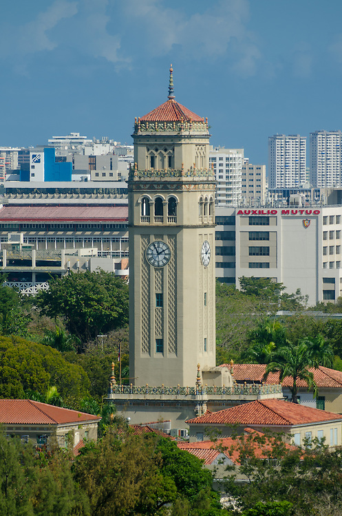 20130320- San Juan, Puerto Rico- Torre de la Universidad de Puerto Rico, Recinto de Rio Piedras. University of Puerto Rico, Rio Piedras Campus Clock Tower.