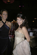 SAFFRON ALDRIDGE AND KELLY BROOK, 6th Annual Lancªme Colour Designs Awards In association with CLIC Sargent Cancer Care.  Lindley Hall, Vincent Sq. London. 28 November 2006.  ONE TIME USE ONLY - DO NOT ARCHIVE  © Copyright Photograph by Dafydd Jones 248 Clapham Rd. London SW9 0PZ Tel 020 7733 0108 www.dafjones.com
