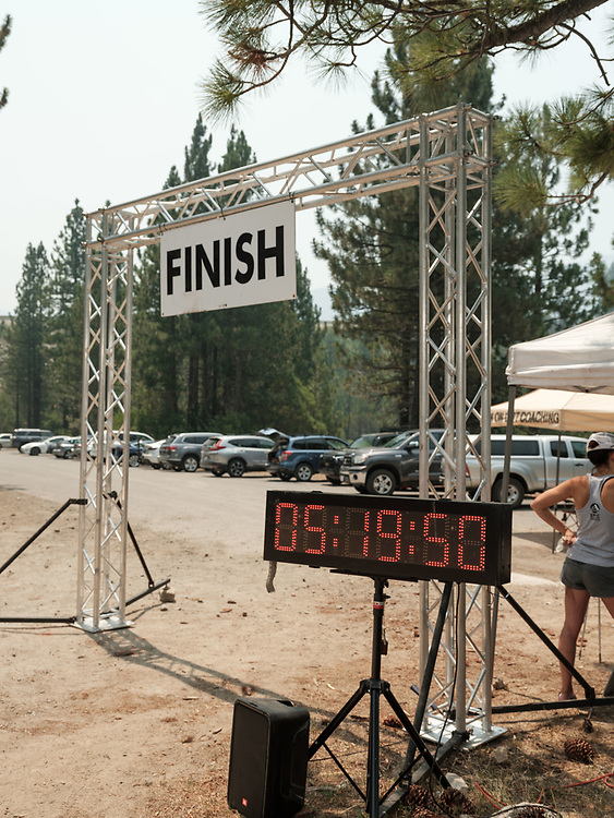 Raw Finish Line Portraits at The Lost and Found Ultra Captured by Phatsimo Wenzel of Wenzel Haus