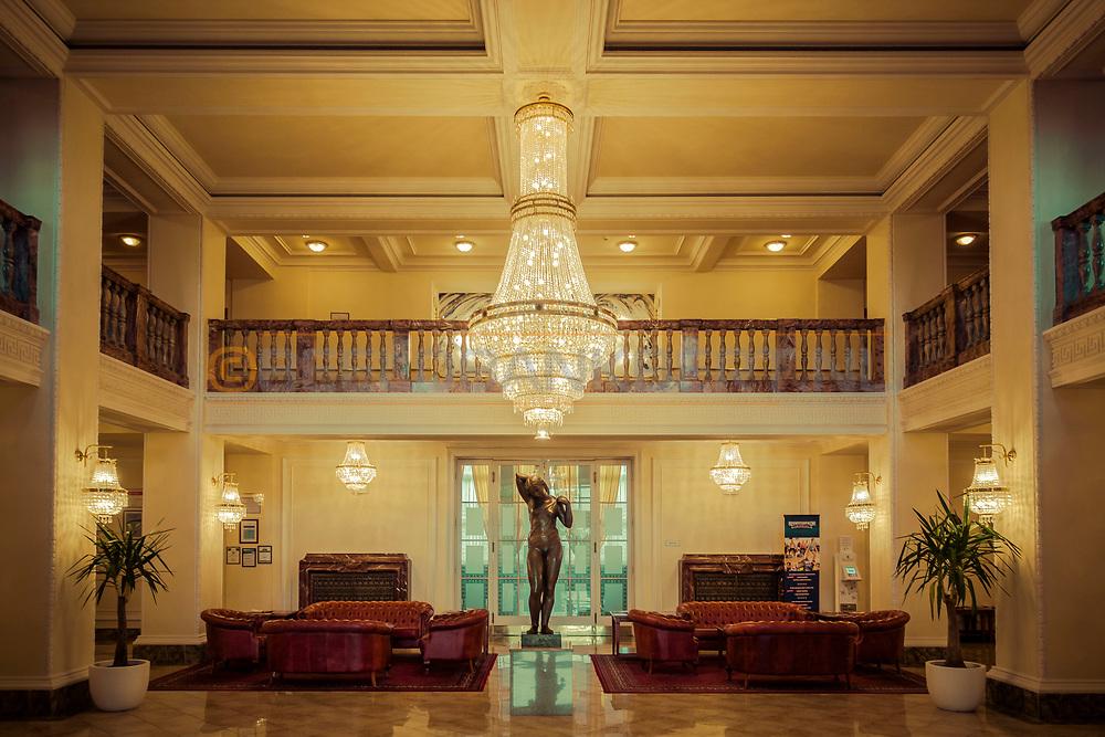 20-09-2015: Hotel Imperial in Karlovy Vary (Karlsbad), Tsjechië. Foto: Entree
