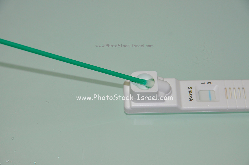 Home diagnosing of streptococcus A (Strep A) with a throat swab