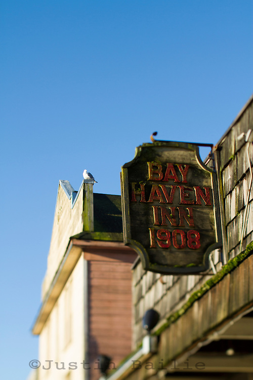 Sign for the Bayhaven saloon in Newport, OR.