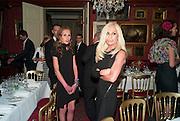 ALLEGRA VERSACE; DONATELLA VERSACE, Dinner hosted by Elizabeth Saltzman for Mario Testino and Kate Moss. Mark's Club. London. 5 June 2010. -DO NOT ARCHIVE-© Copyright Photograph by Dafydd Jones. 248 Clapham Rd. London SW9 0PZ. Tel 0207 820 0771. www.dafjones.com.