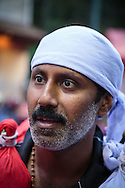 Krishnan Gokul, 35, tillsammans med dottern Aradhana Gokul på väg till Sabarimala.<br /> <br /> Krishnan Gokul, 35, together with his daughter Aradhana Gokul on their way to Sabarimala.<br /> <br /> <br /> Copyright 2016 Christina Sjögren, All Rights Reserved