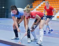 ROTTERDAM -  Laren D2 tegen Tilburg (r00d) D2 tijdens het Landskampioenschap reserveteam zaal 2013. FOTO KOEN SUYK